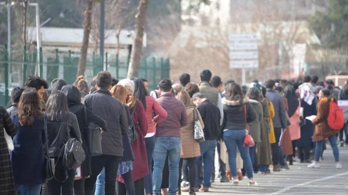 İŞKUR: Kayıtlı işsiz sayısı 4 milyon 417 bin 814