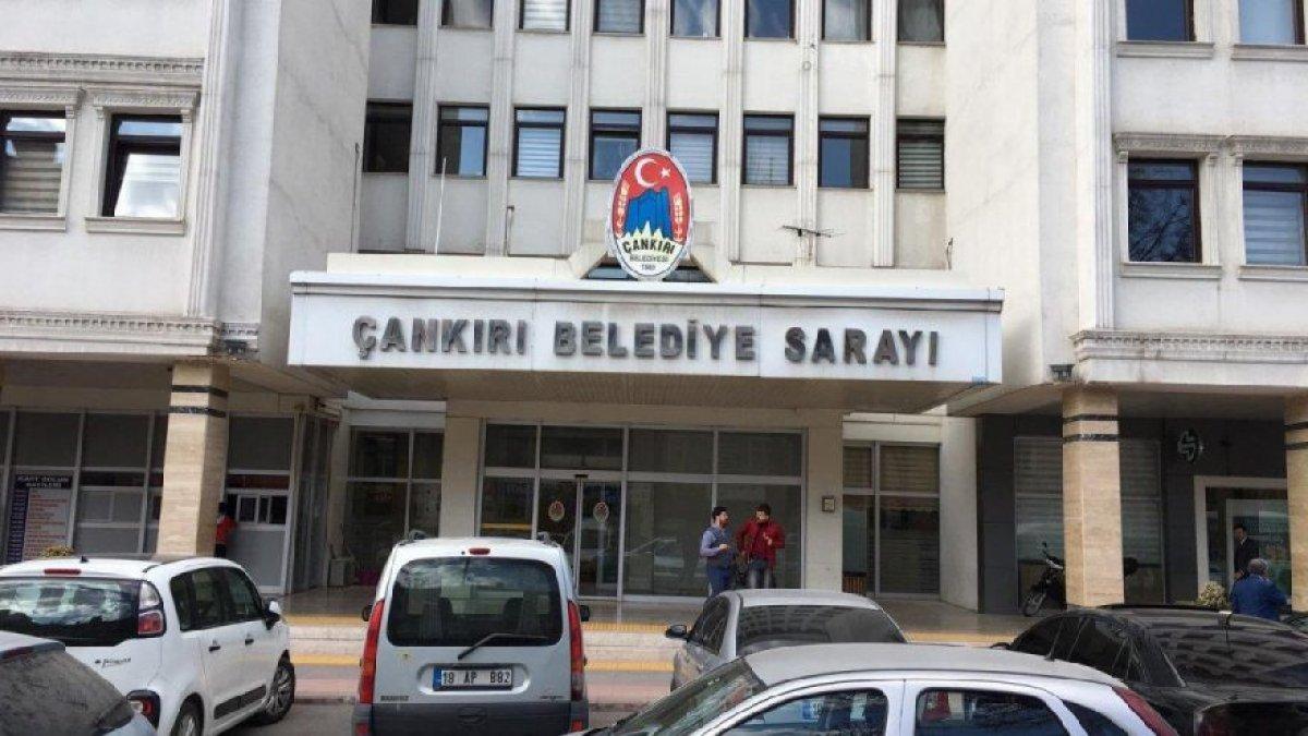 Belediye AKP'den MHP'ye geçince skandal ortaya çıktı! Eski yönetim personel maaşını...