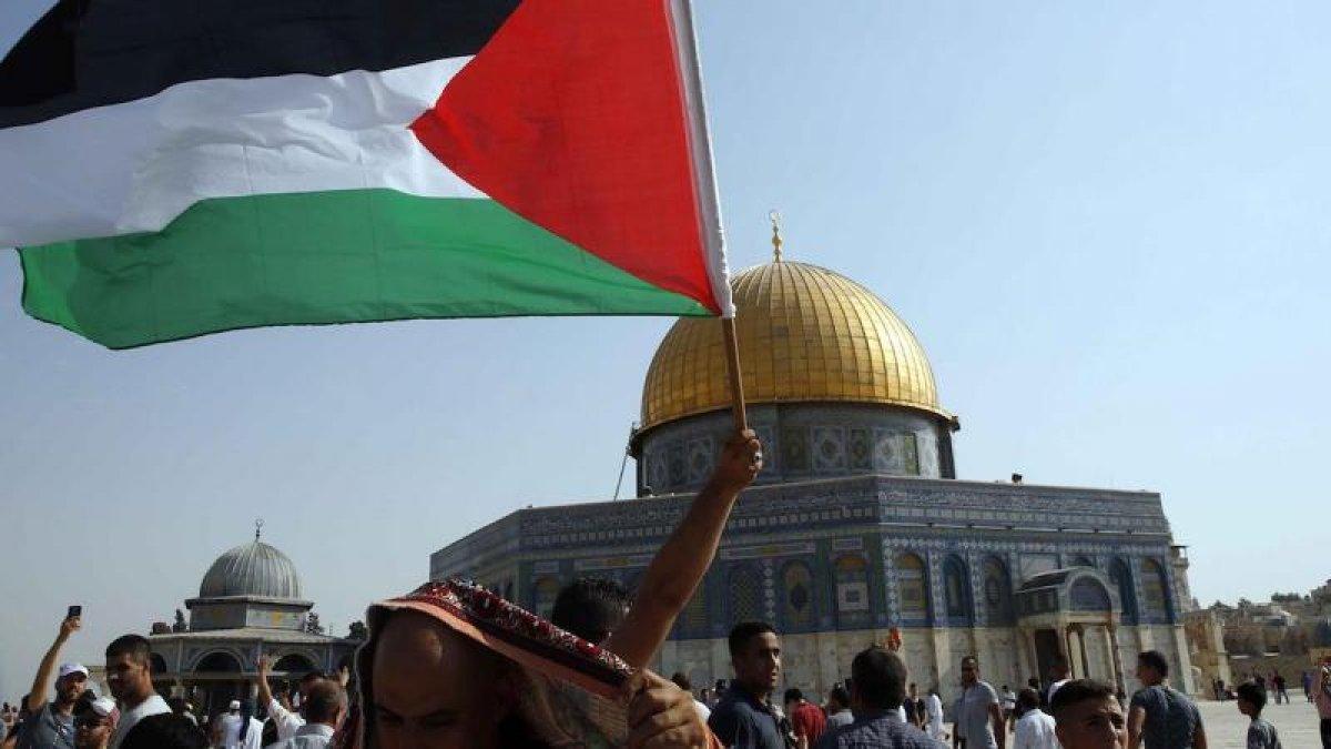 Filistinli tutuklunun ölmesini protesto edenlere İsrail saldırısı