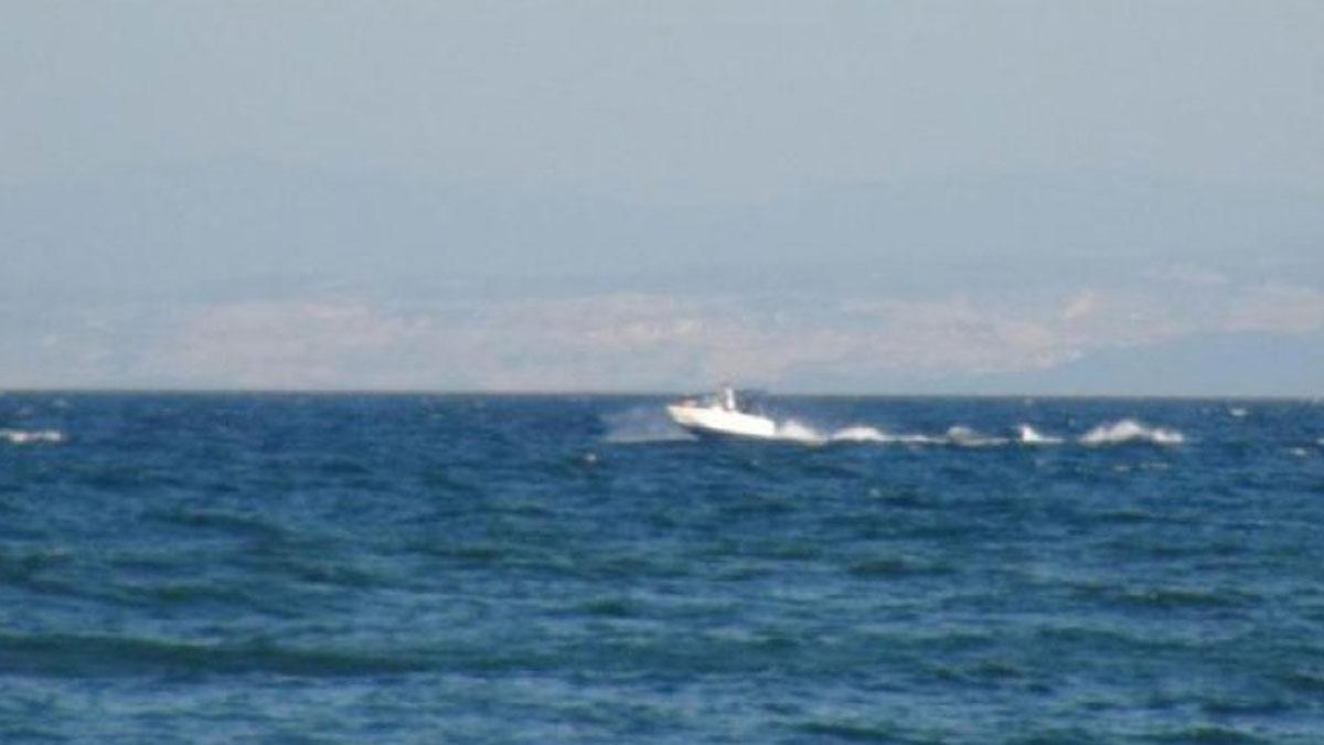 Alabora olan teknedeki 4 kişi kurtarıldı