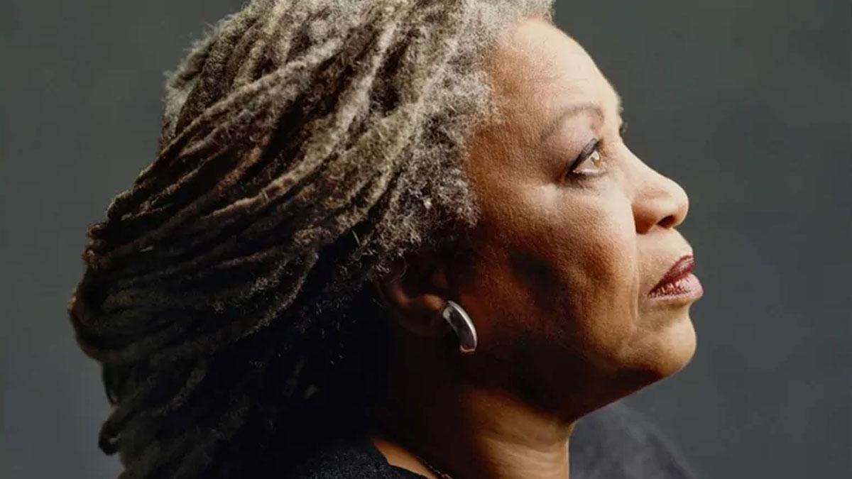 Nobel ödüllü yazar Toni Morrison hayatını kaybetti