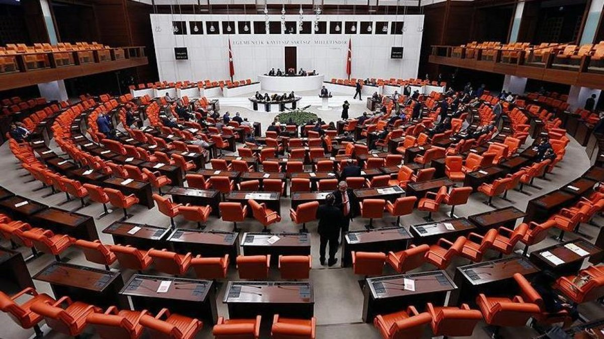 "AKP, CHP, MHP ve İYİ Parti... 4 partiden ABD'ye ortak ""FETÖ"" çağrısı!"