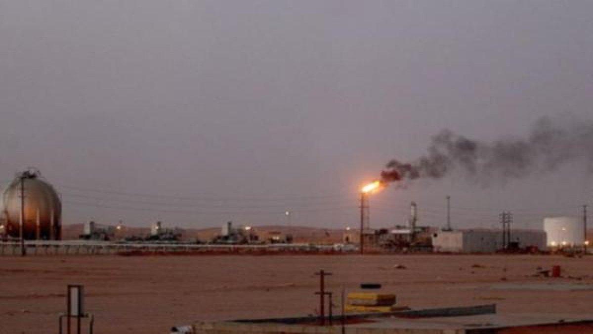 Suudi Arabistan'da petrol sahasına saldırı