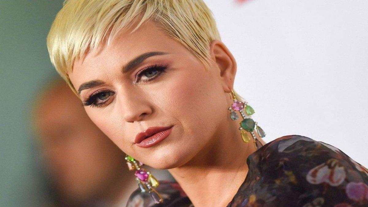 """Dünyaca ünlü şarkıcıya ikinci """"taciz"""" suçlaması!"""