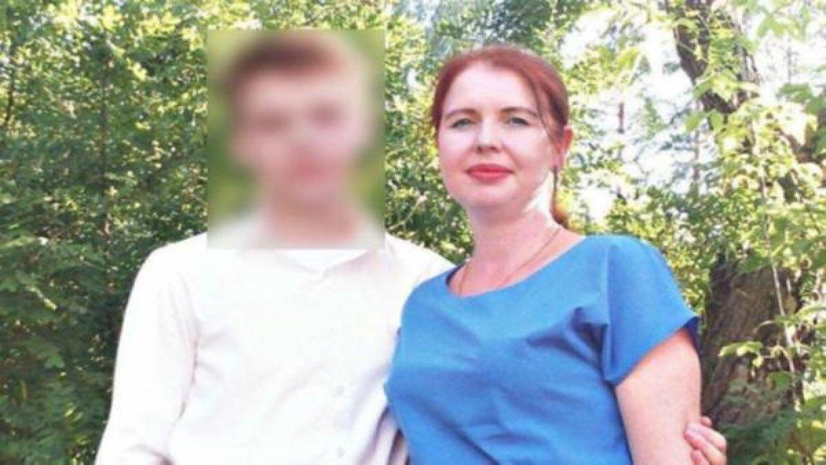 16 yaşındaki çocuk ailesini baltayla katletti!