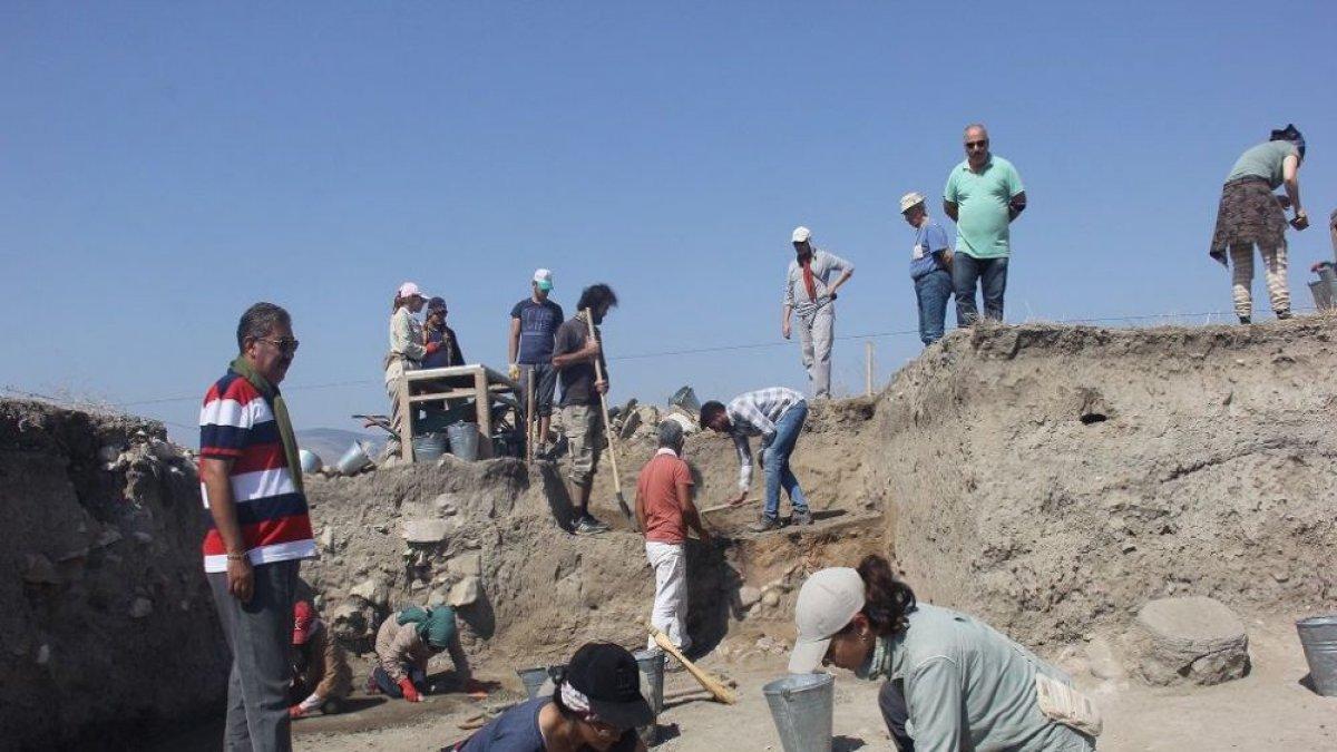 Amasya'da 2 bin 500 yıllık postane keşfedildi