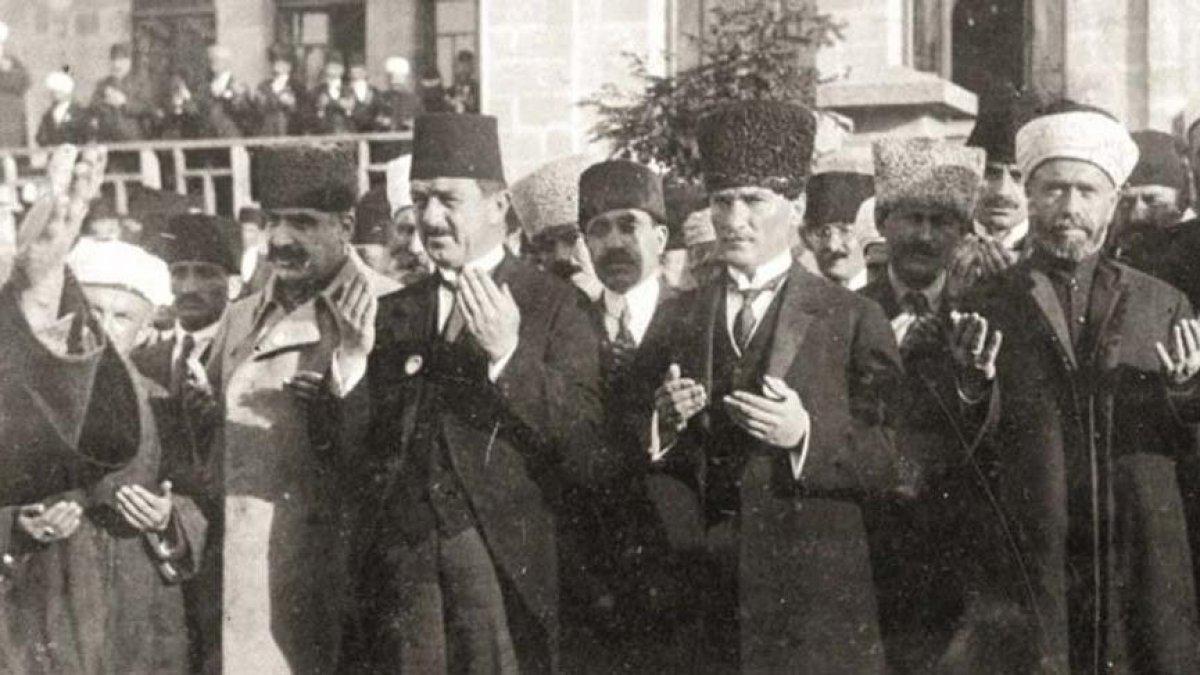 Onlar Atatürk'ü yok saymıştı ama... CHP'li belediye ilk Diyanet İşleri Başkanının adı parka veriliyor...