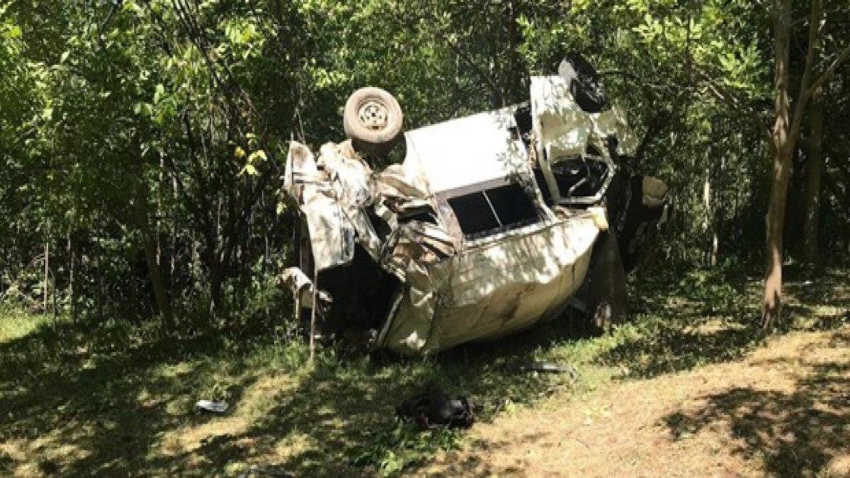 Katliam gibi kaza! Minibüs şarampole devrildi: 6'sı çocuk 10 ölü