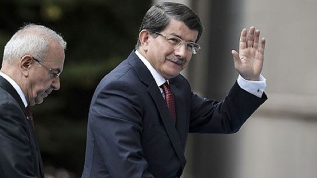 İhracı istenen Davutoğlu'ndan sürpriz toplantı! Eski AKP'lilerle bir araya geldi...