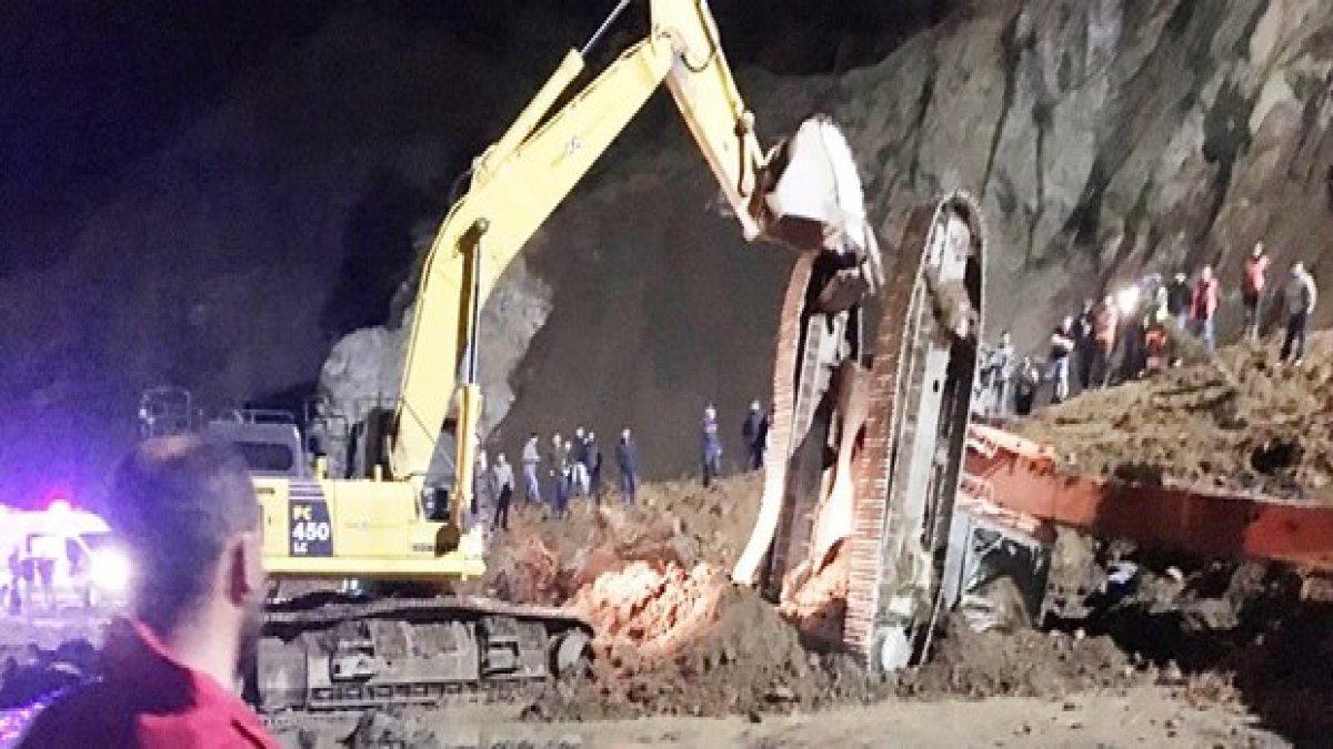 Taş ocağında heyelan: 1 işçi öldü