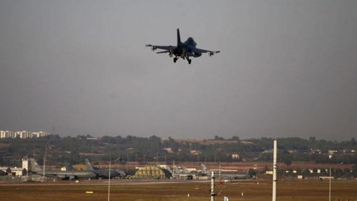 Türk jetleri Suriye'nin 30 kilometre derinliğine girdi