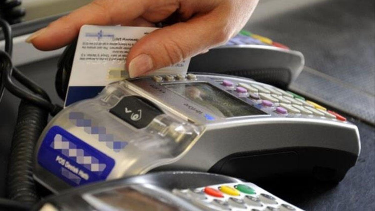 """Kredi kartında """"komisyona"""" yeni düzenleme!"""