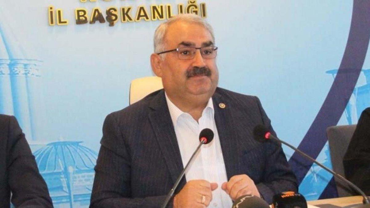 """AKP'li vekilden akılalmaz tespit! """"Kriz yok, kimse iş beğenmiyor"""""""