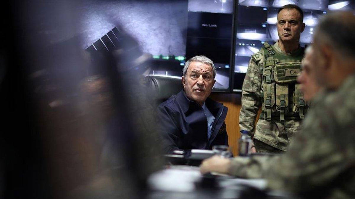 Akar sınırın sıfır noktasında açıkladı! Askere kritik mesaj...