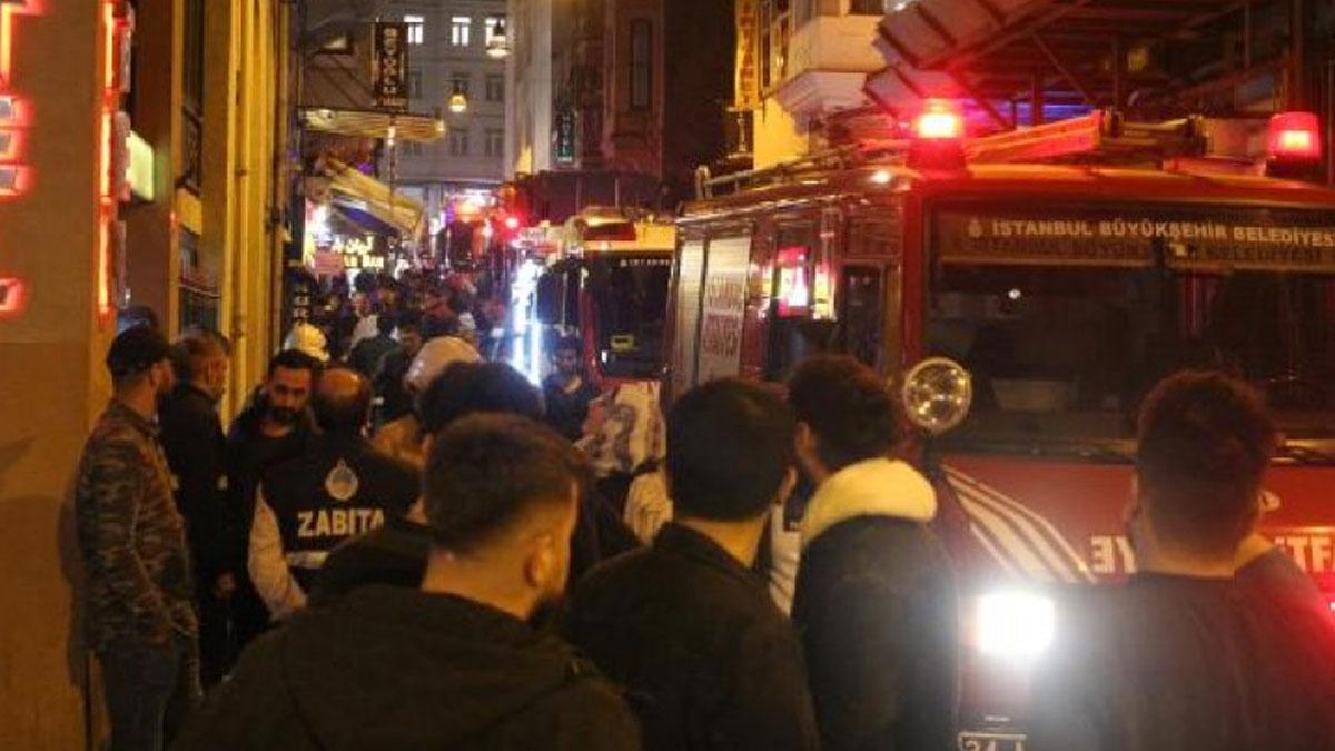 Taksim'de otel yangını