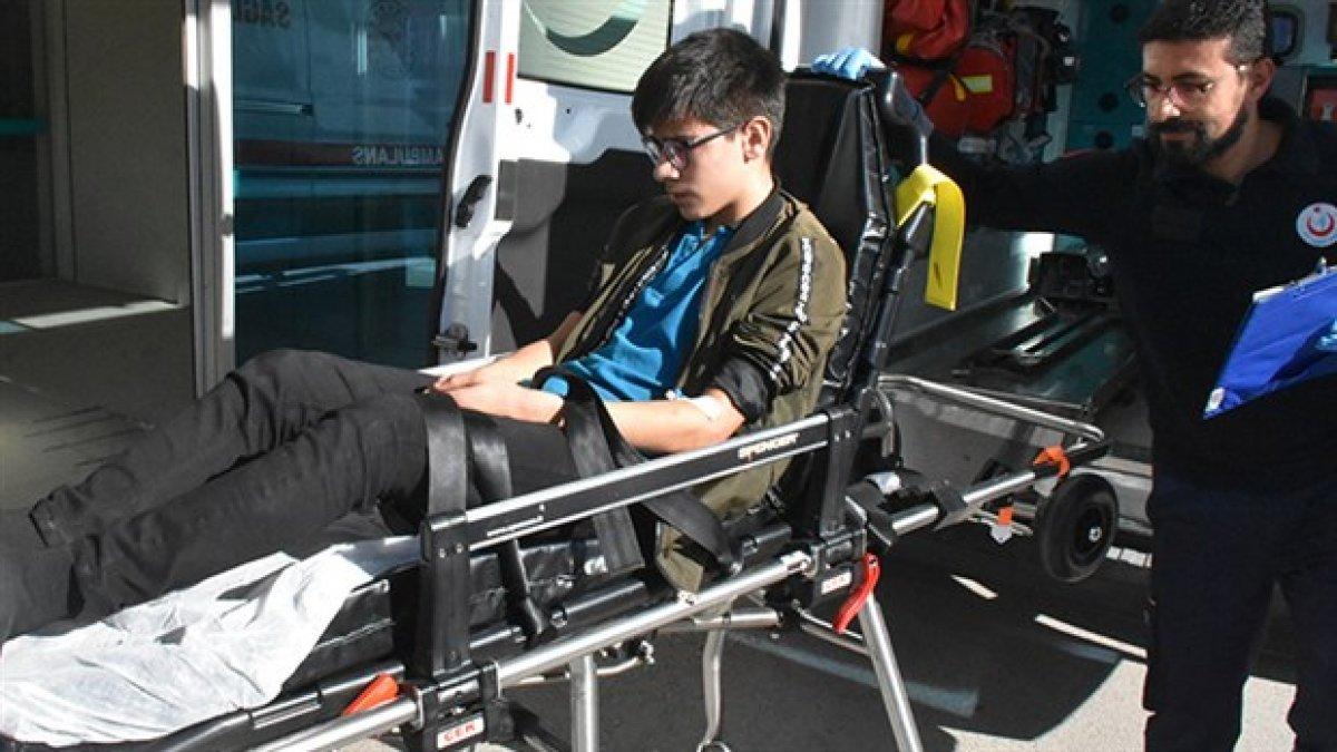 Denetim yok, zehirlenmeler sürüyor: 5 lise öğrencisi hastaneye kaldırıldı
