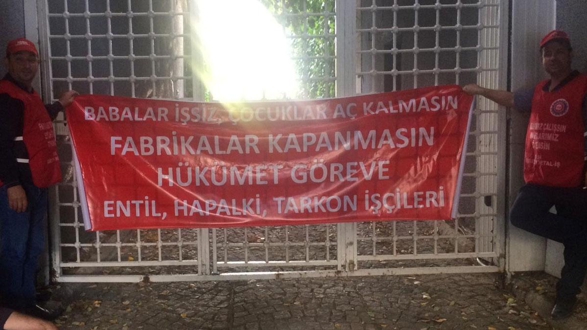 Metal işçileri, patronun Kısıklı'daki villasının kapısına dayandı
