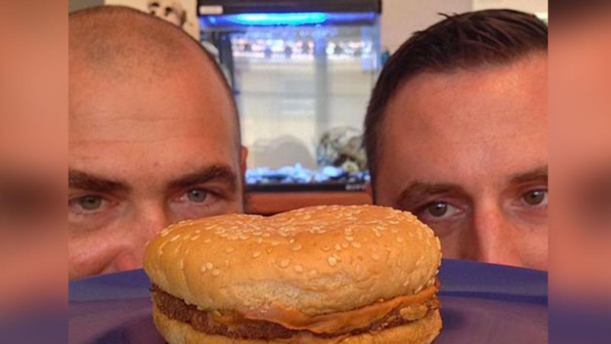 """""""McDonald's hamburgeri 24 yıl boyunca bozulmadan kaldı"""" iddiası"""