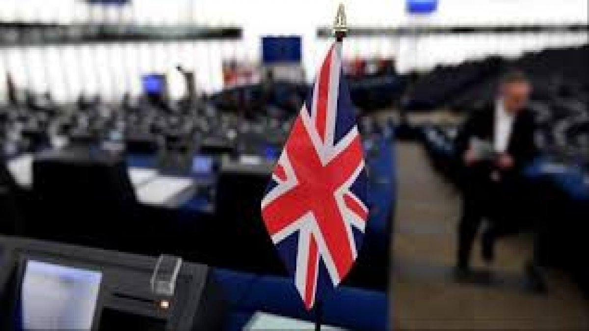 Halkın yarısı Birleşik Krallık'ın dağılabileceğini düşünüyor