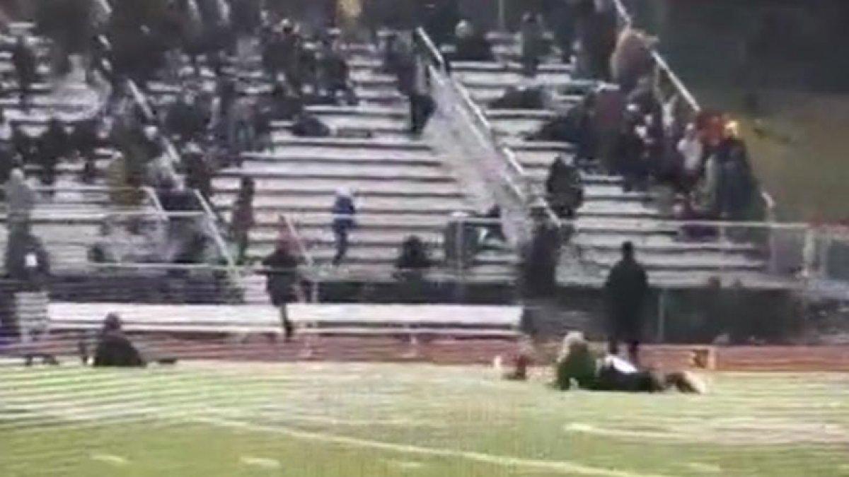 ABD'de iki lisenin Amerikan futbolu maçına silahlı saldırı: 2 kişi ağır yaralı