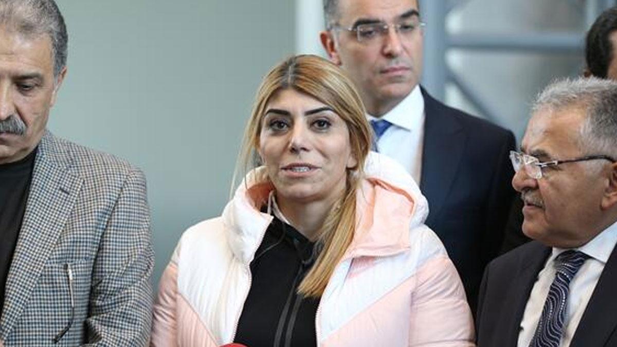 Kayserispor'un başkanı Berna Gözbaşı, Süper Lig'in ilk kadın başkanı oldu