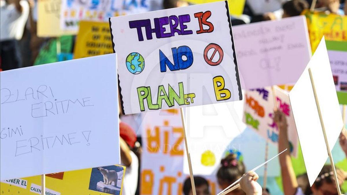 İklim Değişikliği Zirvesi'nde AB'den iklim yasası açıklaması