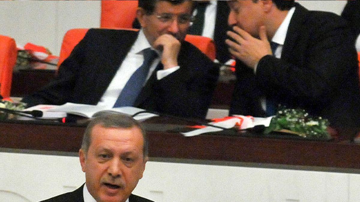 Anket: Babacan ve Davutoğlu etkisi Erdoğan'ı endişelendiriyor