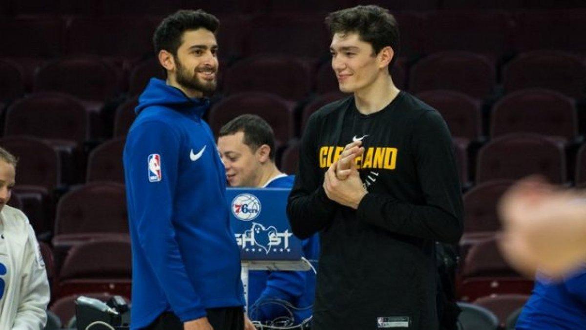 NBA'de Türk derbisi: Cedi Osman ve Furkan Korkmaz karşı karşıya geldi