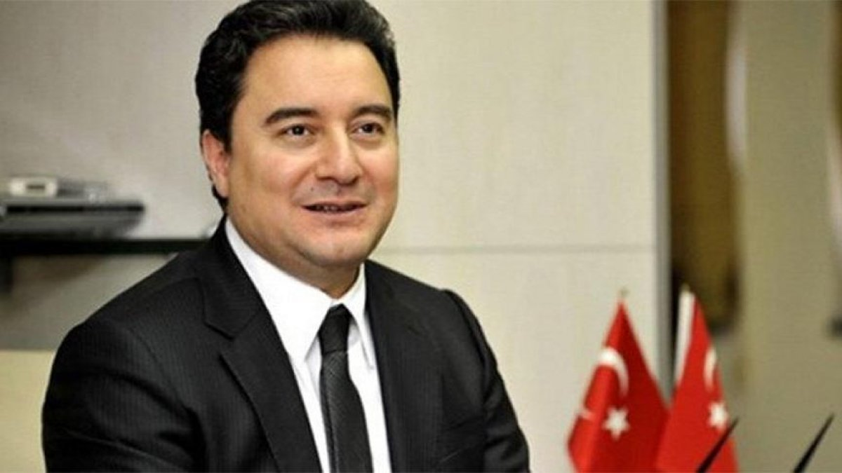 Ali Babacan tepkiler üzerine 23 Nisan mesajını revize etti