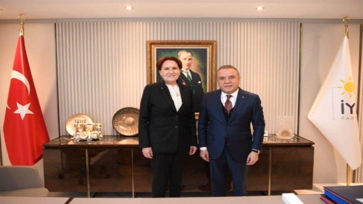 CHP'li Belediye Başkanı Muhittin Böcek, Akşener'i ziyaret etti