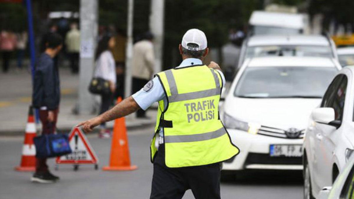 Aracı olanlar dikkat: 132 ile 264 lira arasında cezası var