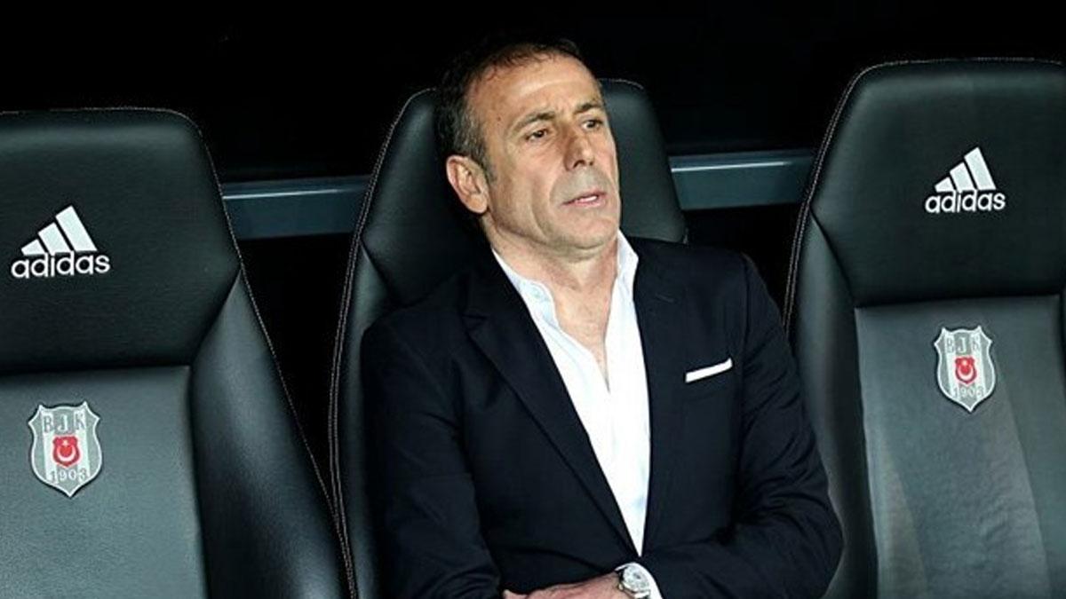 Beşiktaş ile Abdullah Avcı yollarını ayırdı