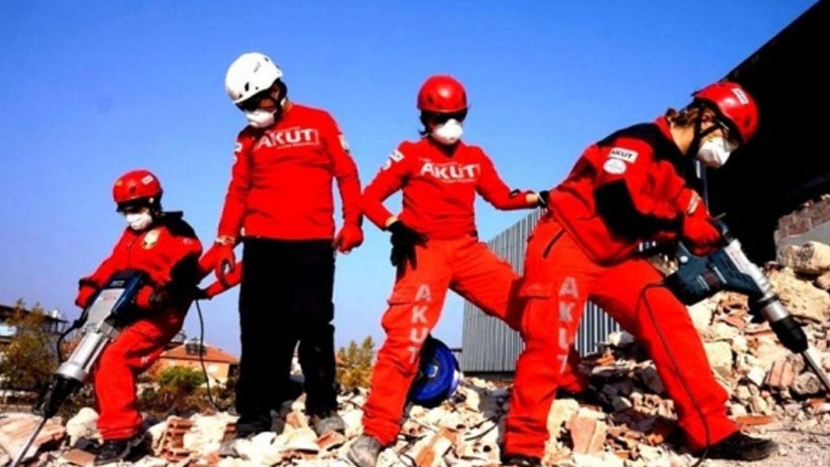 Elazığ depreminin ardından AKUT'tan ilk açıklama
