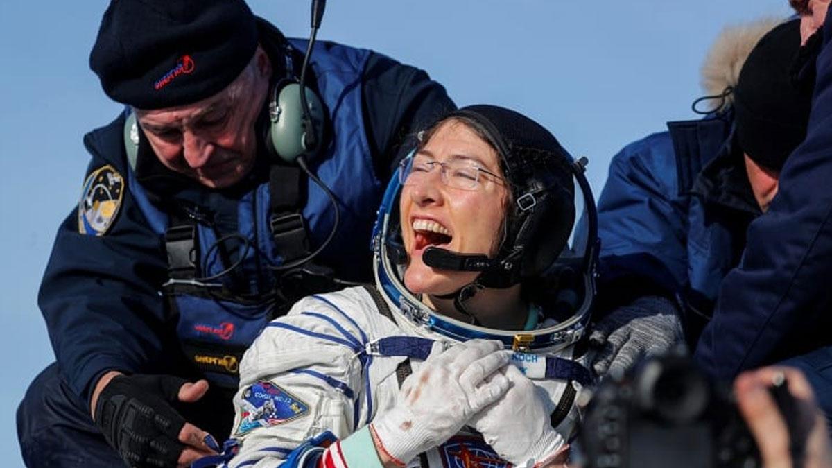 Uzayda kesintisiz en uzun süre kalan kadın dünyaya döndü