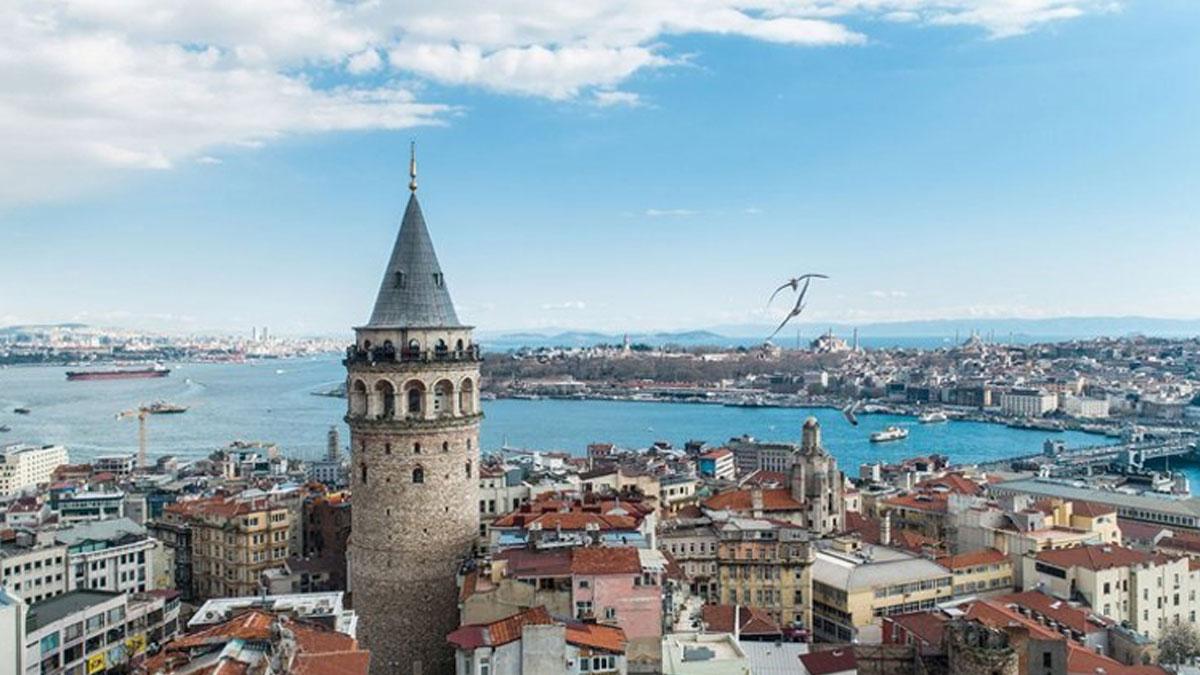 İBB, Galata Kulesi'nin Osmanlı'dan kalmadığını ispat etmeye çalışıyor