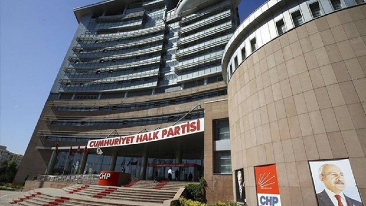 CHP kurultayını erteleme kararı aldı