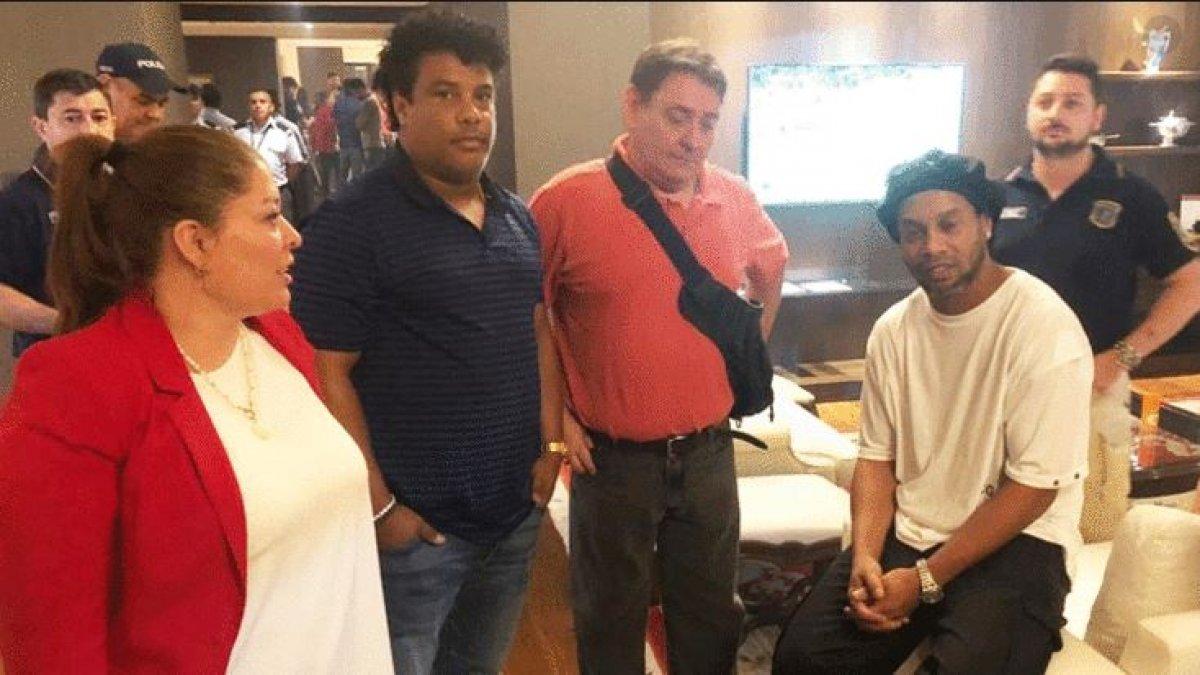 Ronaldinho ve kardeşi gözaltına alındı