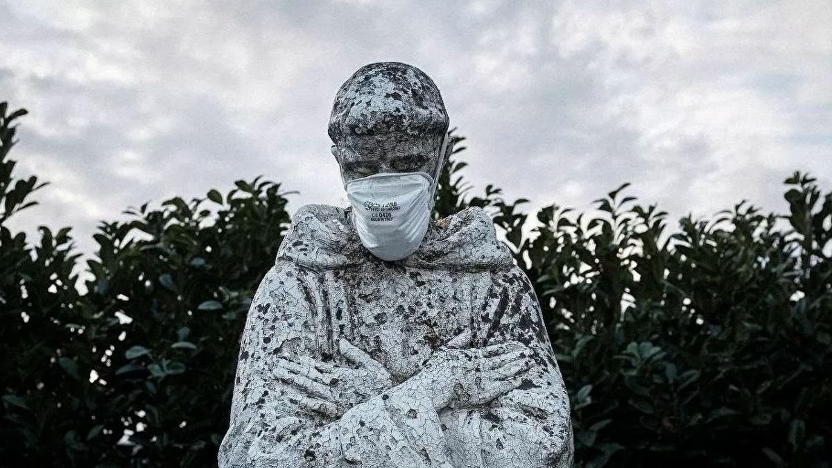 İtalya'da son 24 saatte coronavirüs nedeniyle 683 kişi öldü
