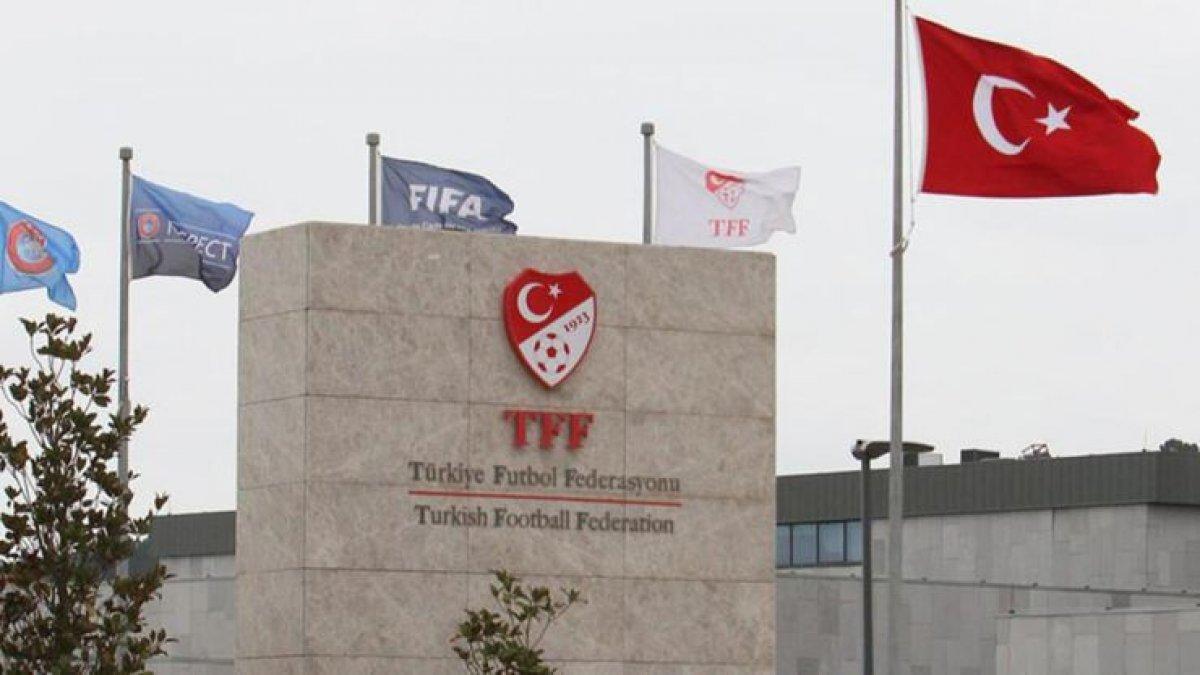 """TFF'nin """"erteleme yok"""" kararına futbolculardan tepki"""