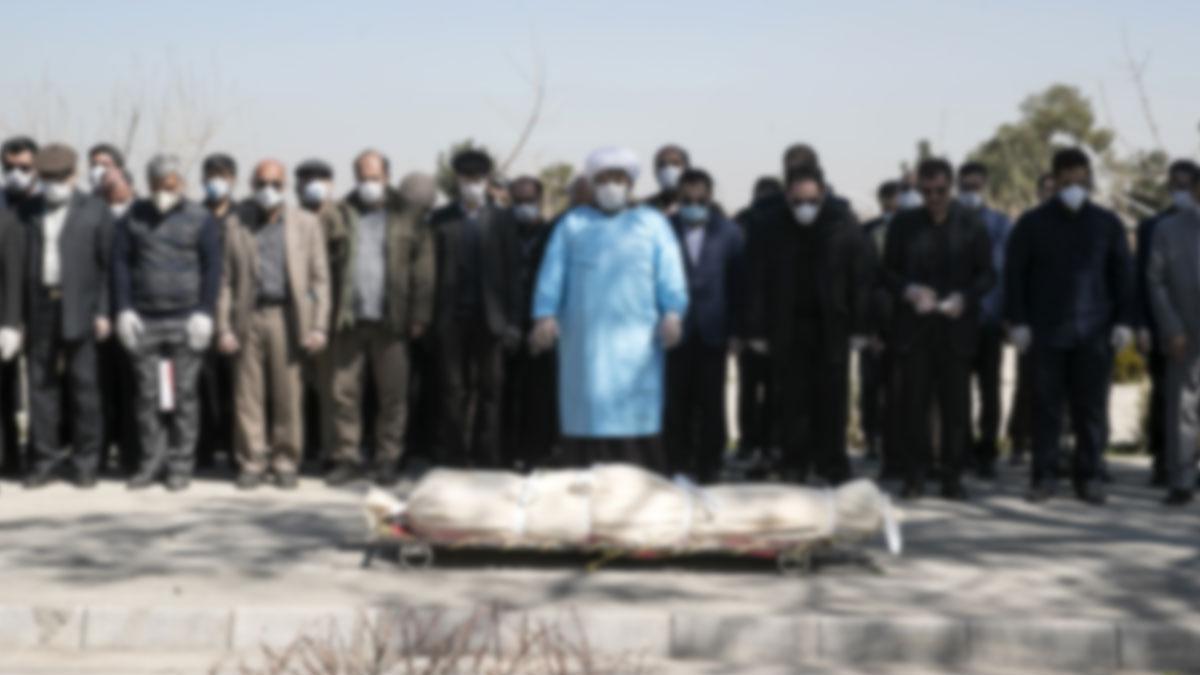 İzmir'de ölen bir yurttaş kireç ve özel torbayla gömüldü, aileye hiçbir test yapılmadı