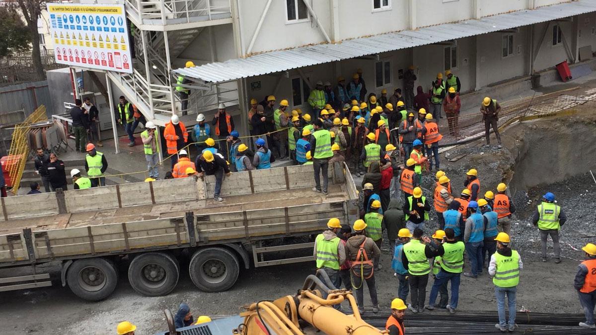 """İstanbul'da inşaat işçilerine """"Ya virüsten ya açlıktan öl"""" uygulaması: AKM işçileri iş bıraktı"""