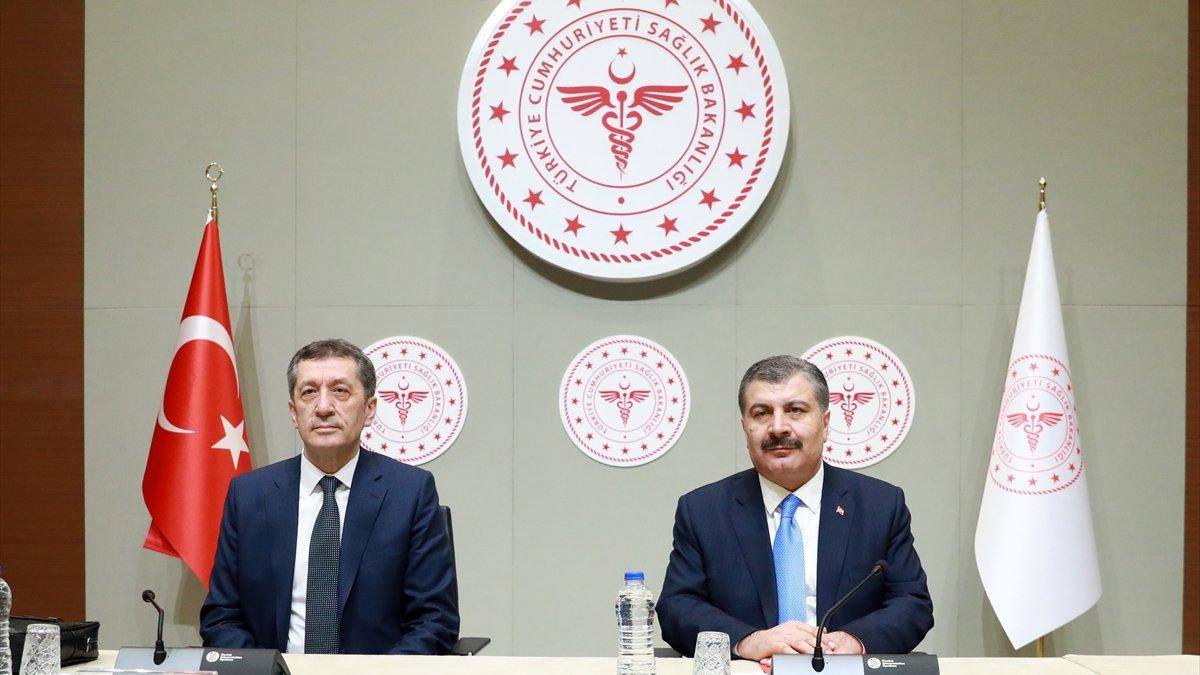 Sağlık Bakanı Koca ve Milli Eğitim Bakanı Selçuk'tan coronavirüs açıklaması