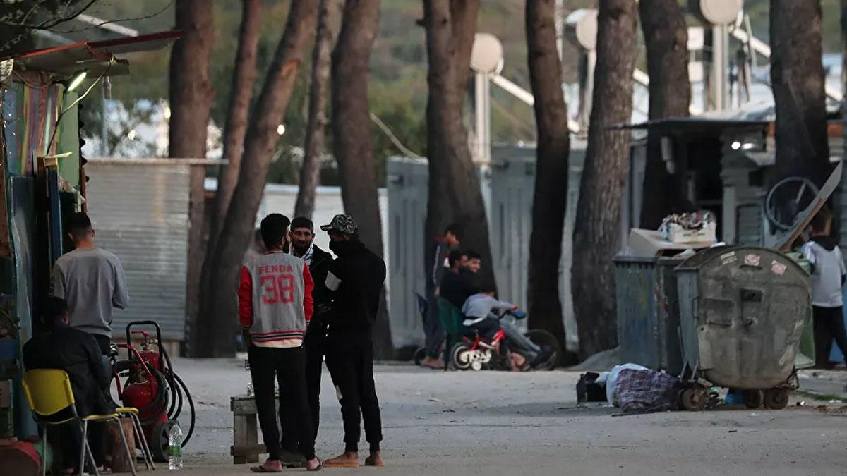 Yunanistan sığınmacıların coronavirüs testi pozitif çıkınca kampı karantinaya aldı