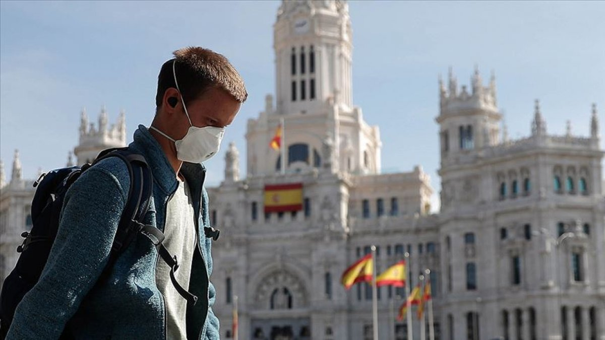 İspanya'da coronavirüs vaka artış hızında azalma