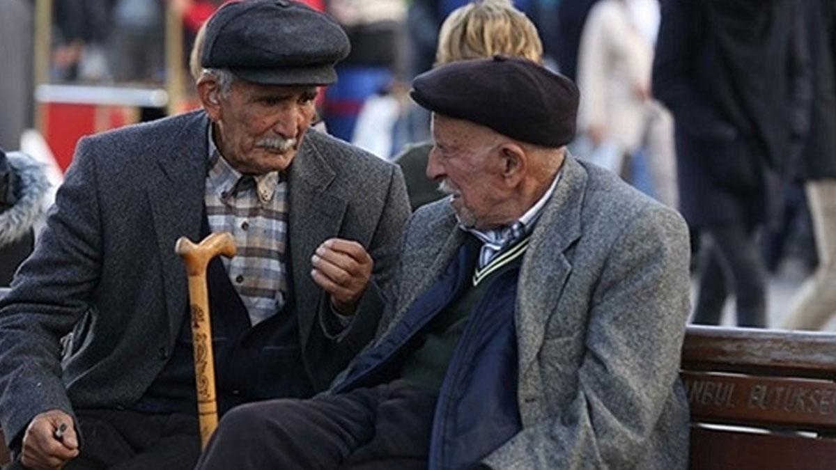 İçişleri Bakanlığından, 65 yaş üzeri yurttaşlar için 'seyahat izni' genelgesi