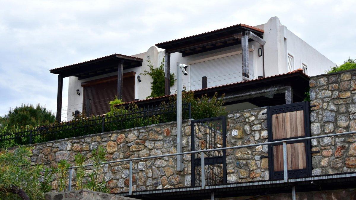 Yılmaz Özdil'in evi mühürlendi