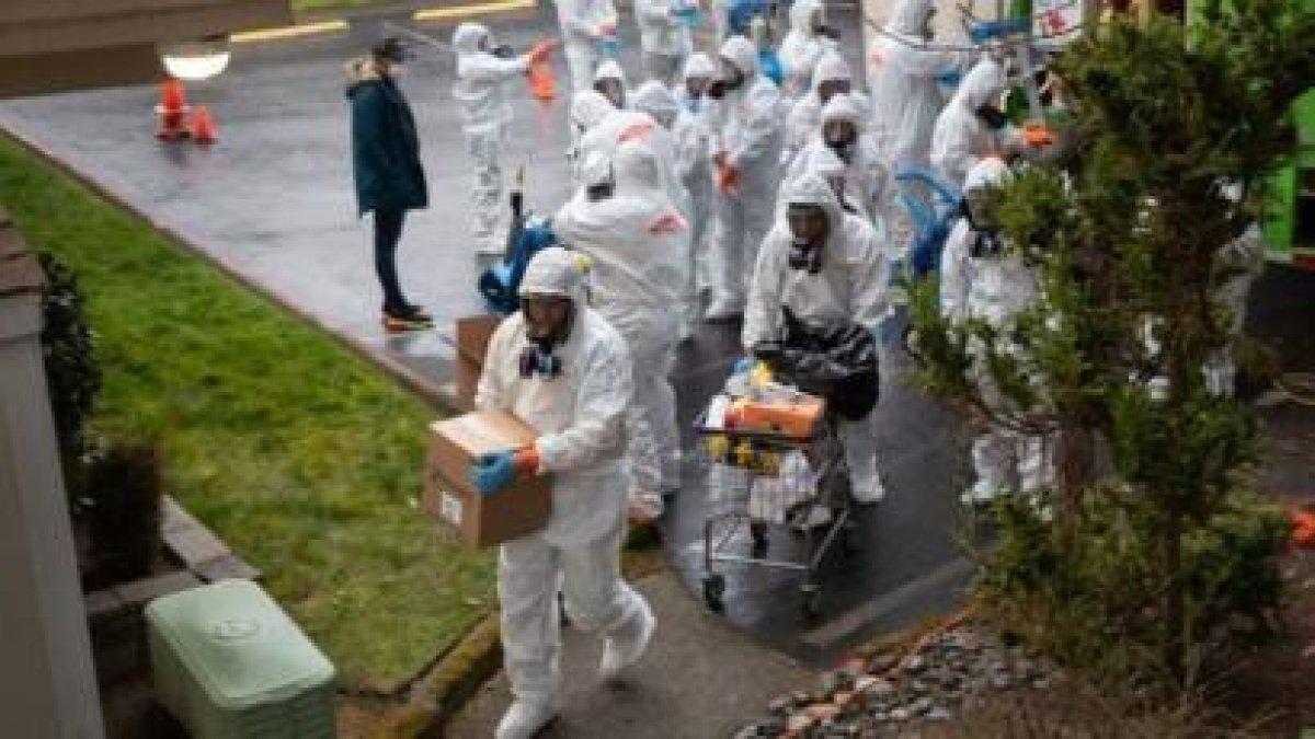 ABD'de Covid-19 nedeniyle 24 saatte 2 bin 181 kişi hayatını kaybetti