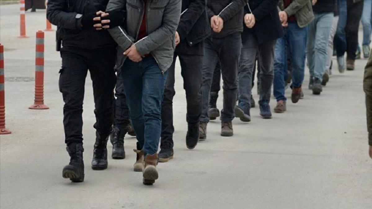 İstanbul'da FETÖ operasyonu: 98'i muvazzaf asker, 118 kişiye gözaltı kararı