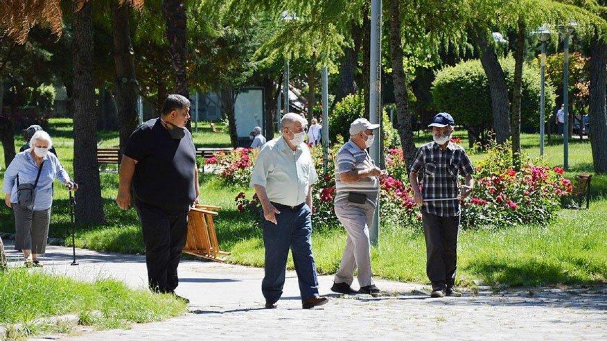 Prof. Dr. Cangöz: 65 yaş üstü vatandaşlar 'öğrenilmiş çaresizlik' yaşayabilir