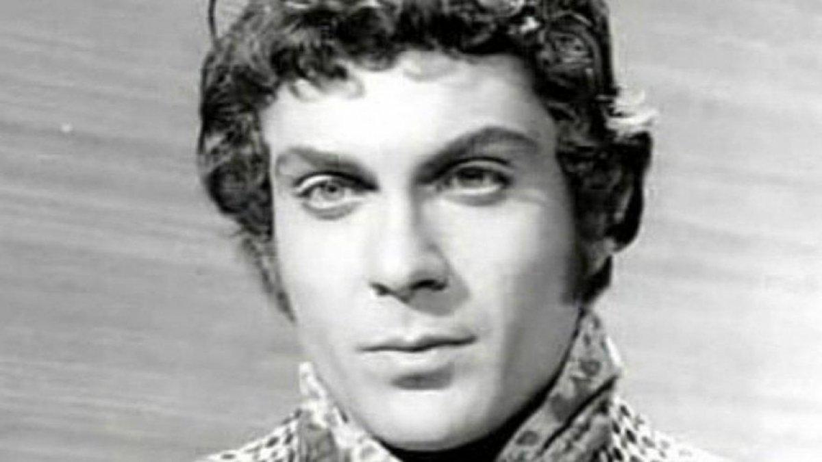 Yeşilçam oyuncusu Altan Bozkurt hayatını kaybetti